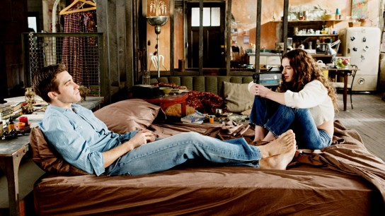 Love & Other Drugs (2010) Image
