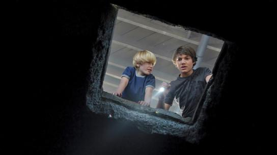The Hole (2009) Image