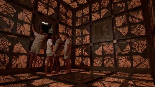 Cube (1997) Image