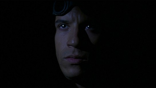 Pitch Black (2000) Image