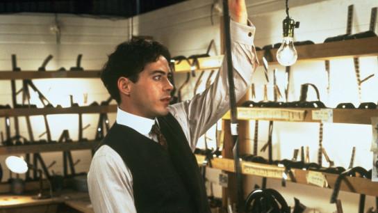 Chaplin (1992) Image