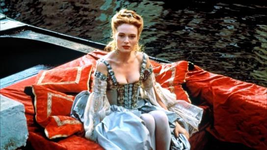Dangerous Beauty (1998) Image