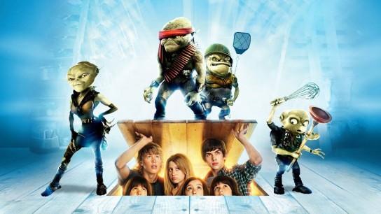 Aliens in the Attic (2009) Image