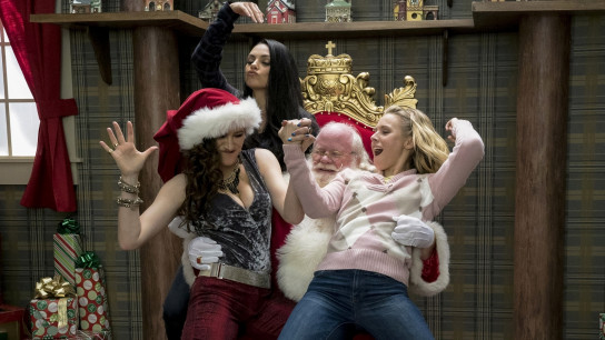 A Bad Moms Christmas (2017) Image