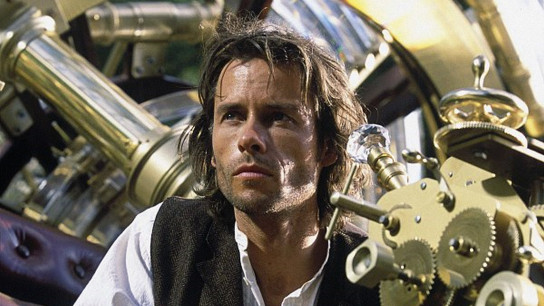 The Time Machine (2002) Image