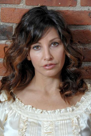 Gina Gershon Image