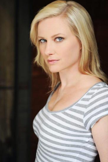Emily Holmes Image