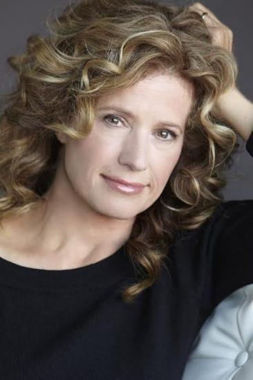 Nancy Travis Image