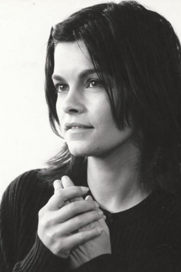 Geneviève Bujold Image