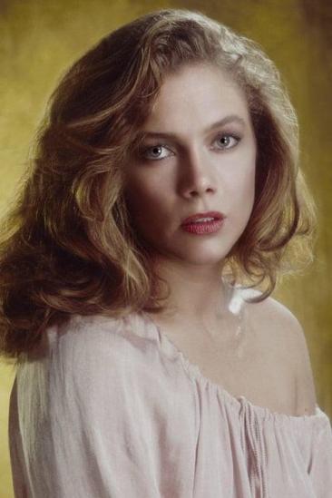 Kathleen Turner Image
