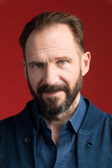 Ralph Fiennes Image
