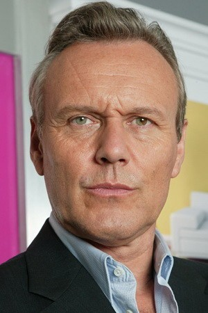 Anthony Stewart Head Image