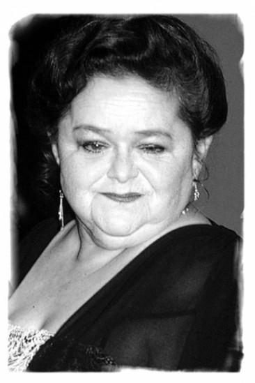 Zelda Rubinstein Image