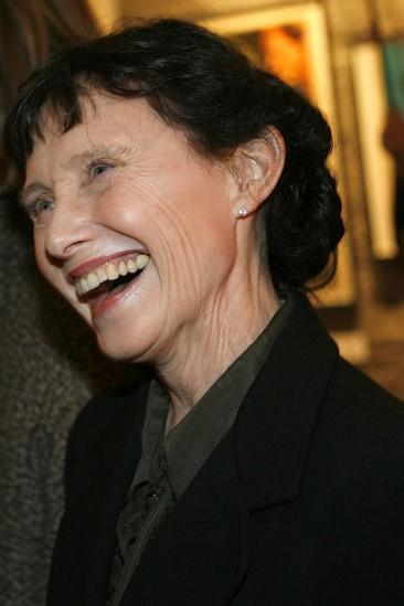 Mary Jo Deschanel Image