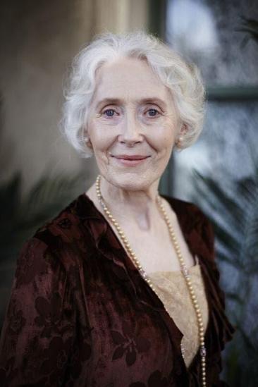 Julia Blake Image