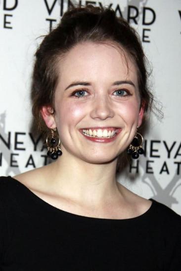 Phoebe Strole Image