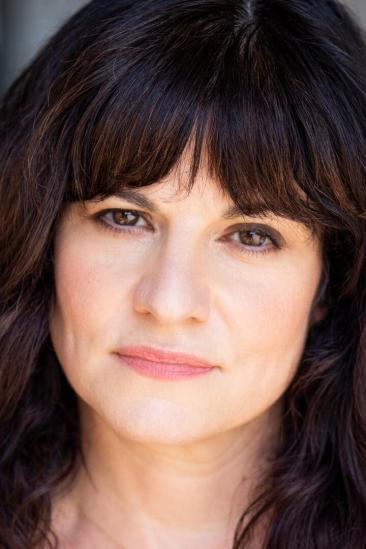 Lynn Adrianna Image