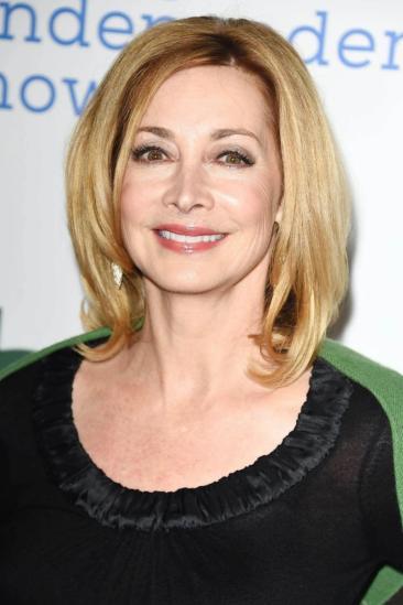 Sharon Lawrence Image