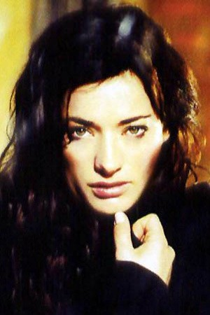 Laura Michelle Kelly Image