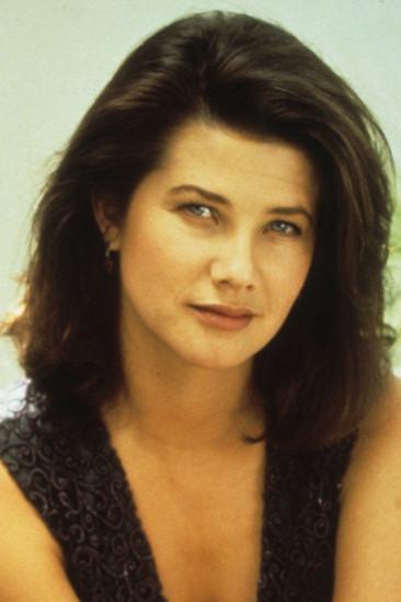 Daphne Zuniga Image
