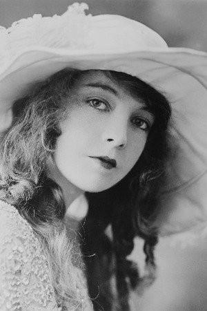 Lillian Gish Image