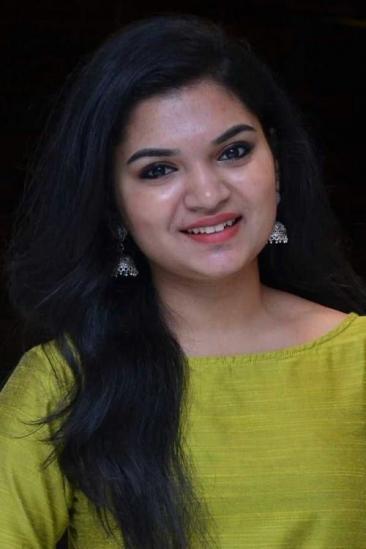 Maya Sundarakrishnan Image