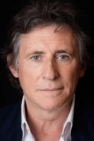 Gabriel Byrne Image