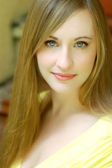 Emily Bridges Image