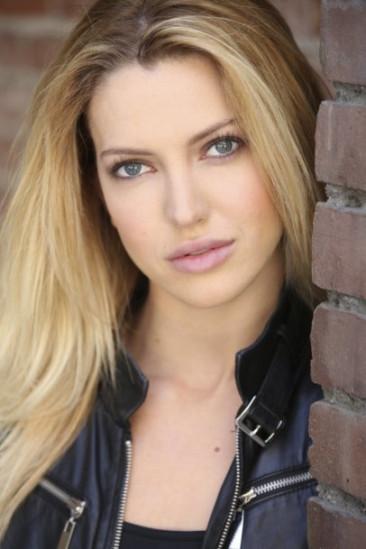 Lindsay Taylor Image
