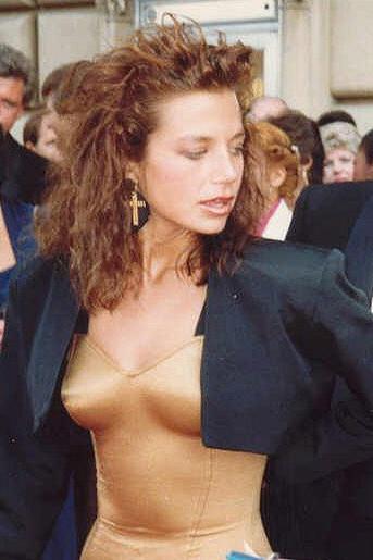 Justine Bateman Image