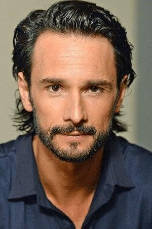Rodrigo Santoro Image