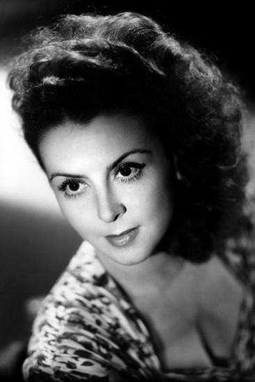 Renée Saint-Cyr Image