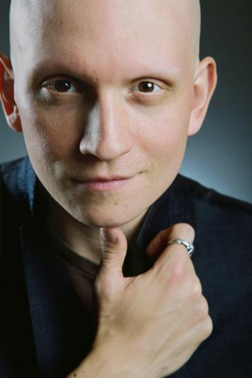 Anthony Carrigan Image